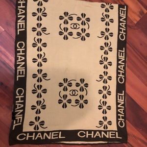 Vintage Chanel Brown n Tan Scarf/Shawl